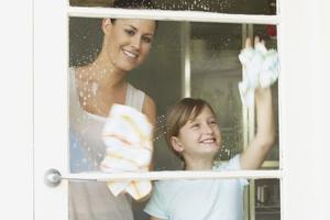 Как ухаживать за пластиковыми окнами